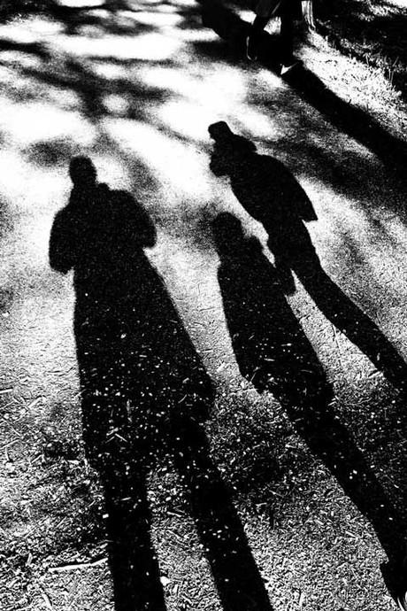 Schatten dreier Menschen