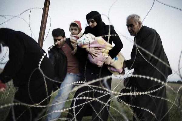 Syrische Flüchtlingsfamilie auf der Flucht