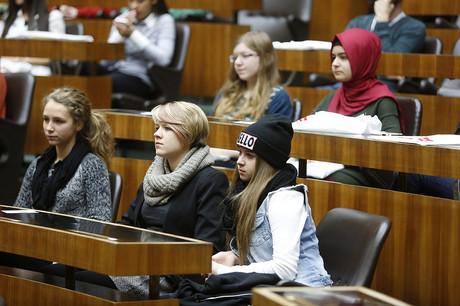 Jugendliche im Nationalrat