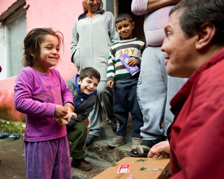 Geschenkübergabe in Bulgarien