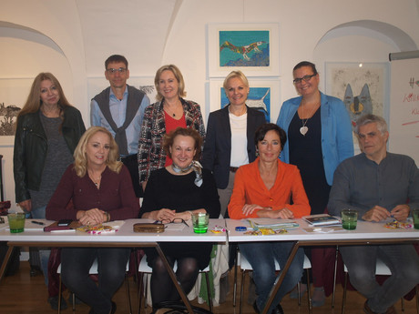 Die neun österreichischen Kinder- und JugendanwältInnen