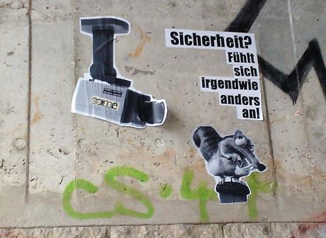 Graffity mit Überwachungskamera