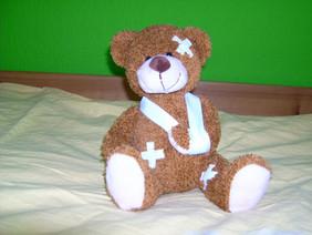 Verletzter Teddybär.
