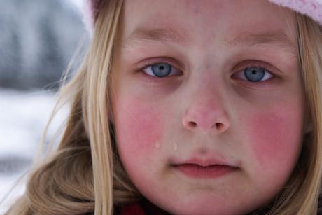 Weinendes Mädchen.