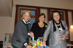 LR Tina Widmann, Kinder- und Jugendanwältin Andrea Holz-Dahrenstaedt und LR Erika Scharer bauen an einer regionalen Beratungseinrichtung für Kinder & Jugendliche.