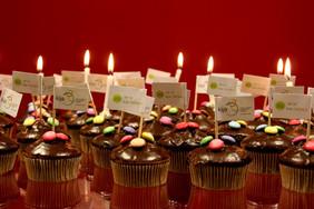 Geburtstagsmuffins.