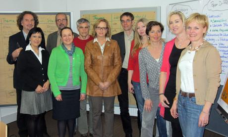 Die neun Kinder- und JugendanwältInnen aus den Bundesländern und der Bundes-Kinder- und Jugendanwalt.