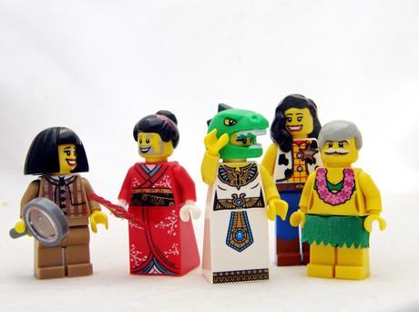 Bunt angezogene Legofiguren